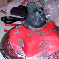 Hpim1270.jpg This cake was for my somewhat gothic neice's 15th birthday based on the Teddy Scares teddy bear named Mundy Drudge. I placed Mundy on...
