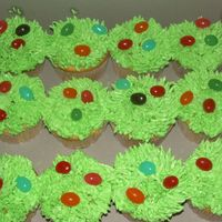 Eastern_09_237.jpg   Easter cup cakes I made up 6 boxes for delivery. As you can see there really easy..:)