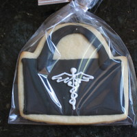 New Doctor These cookies were made to celebrate the opening of a new medical practice. NFSC and Antonia's royal - my standbys!