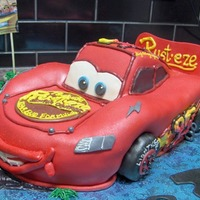 3D Lightning Mcqueen   All fondant with BC accents.