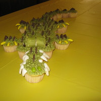 Alligator Cupcakes alligator cupcakes. so fun to make!