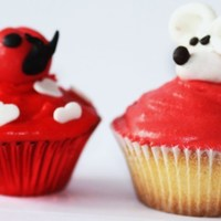 Mouse And Ladybug   minicupcakes filled with chocolate cream