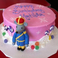 Nutcracker Mouse King Cake   Christmas in May! Fondant Mouse King and lollipops, the rest is buttercream (and gumdrops)