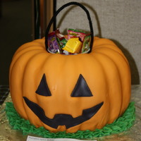 Pumpkin Trick Or Treat Pail This cake is make with the Pumpkin Spice WASC and cinnamon cream cheese icing I found on this site. The shape was achieved using a bundt...