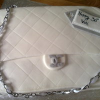 Chanel Bag This cake was modelled on the plush Chanel bag - i enjoyed making this cake as it was simple to do, but yet looks really effective.The...