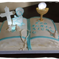 First Holy Communion Used LED lights on the cake