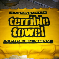 Super Bowl 2011   Terrible Towel cake for the Steelers fans in the family! Covered in MMF.
