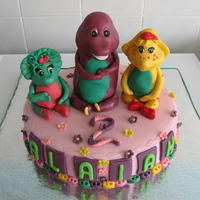 Barney And Friends figures made of sugarpaste