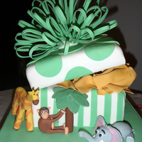 Safari Animal Cake This is my first decorated cake I did with the West Island Cake Club in Montreal. I had so much fun making the cake and eating it too
