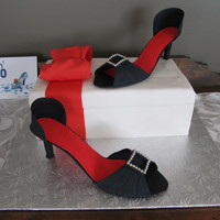High Heels & Shoe Box Cake My first time making high heels... really happy with the result!