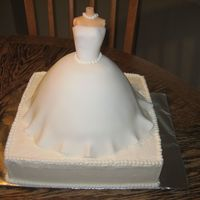 Wedding Dress   Wonder mold with fondant and BC.