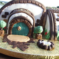 Goblin House My husband plays Lord of the Rings Online, so I made him a Goblin House cake for his birthday. It was pretty labour intensive - I spent...