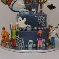 Scooby Doo Haunted Mansion This birthday cake was so much fun to make! The birthday girl is a 5 year old who would rather play with Godzilla and Mothra than Barbie. I...