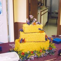 Hay Bale Wedding Cake This was the most unusual request I have had for a wedding cake, but it remains one of my favorites. The couple was married in a valley on...