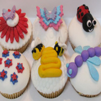 Bug Life Cup Cakes