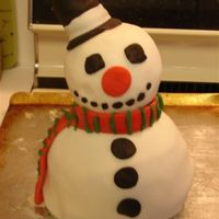 Snowman Cake Only my second cake, I'm only twenty and I have no previous training with fondant or cakes or icing or any of that. Let me know what...