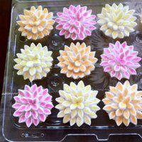 Flower Cupcakes   Different order for a friend- new color scheme