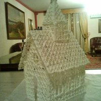 Royal Icing Church. Found a Pattern Online for this Church. Its stands as tall as a 2L Coke Bottle. Would look beautiful on top of a Wedding Cake.