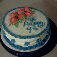 4Th Of July Ok I did it I enrolled in classes lol... This cake was my last class in the basics of cake decorating... Woohoo I finally learned how to...