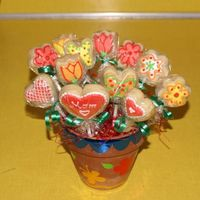 Mother's Day Cookie Bouquet Roll out cookies decorated with RI. It's my first cookie bouquet ever, I had fun with it and my MIL loved it.