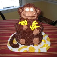 3D Monkey Cake I used the Wilton stand-up Pooh bear pan, but cut the ears off and shaved down the muzzle a little. I created new ears out of Nilla Wafers...