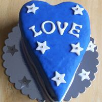 Love Stars Chocolate cake filled with chocolate creme mousse.