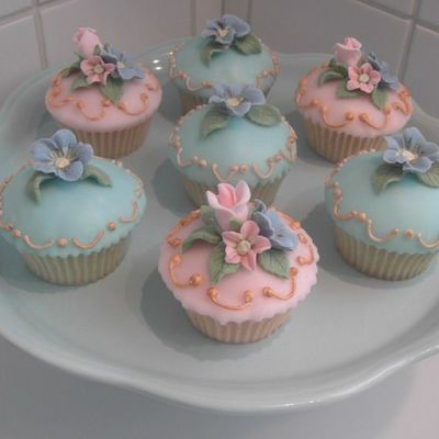 Cupcakes With Fondant Icing on Cake Central