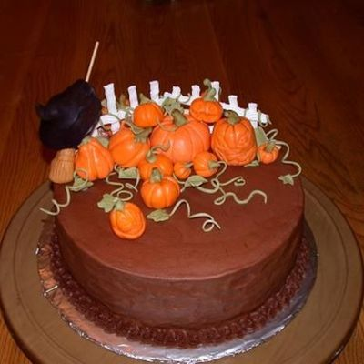 Halloween Cake Pic 1 on Cake Central