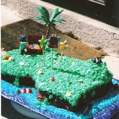 Neverland Cake, Front View