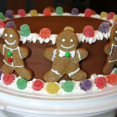 Christmas Cake With Gingerbread Men & Gumdrops