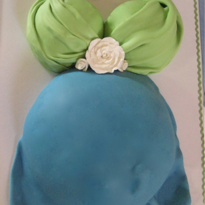 Baby Bump Shower Cake