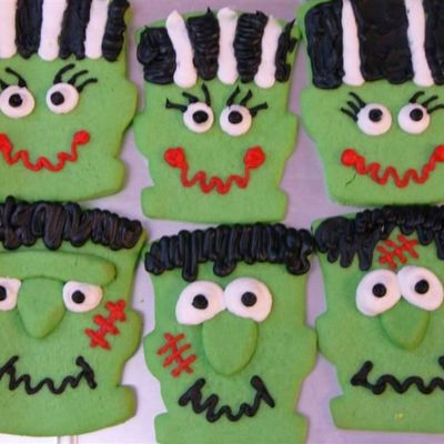 Frankenstein And His Bride on Cake Central