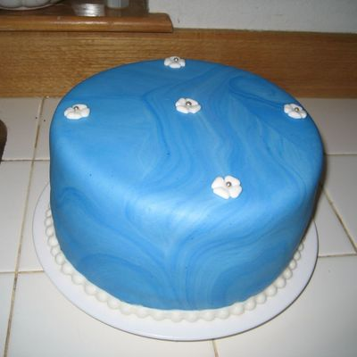Blue Surfing Cake