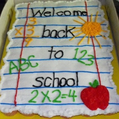 Back To School Cupcake Cake