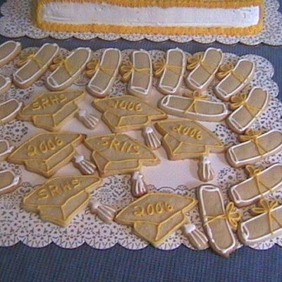 Cap And Diploma Cookies