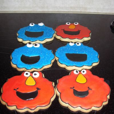 Elmo And Cookie Monstor Cookies