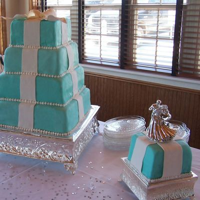Tiffany Box Wedding Cake