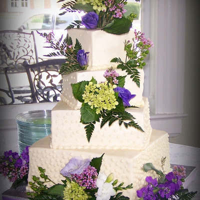 Lora's Wedding Cake