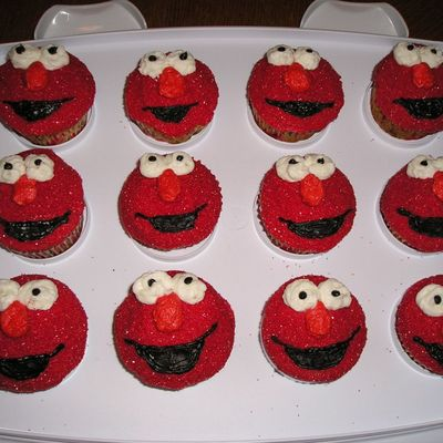 Elmo Cake Decorating Photos