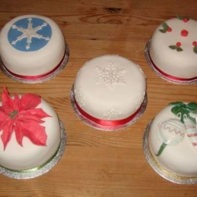 Minis For Christmas on Cake Central