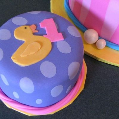 Just Ducky Smash Cake