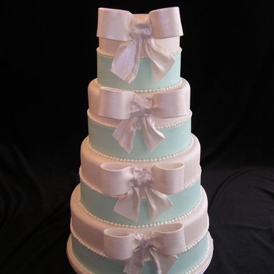 Tiffany Blue With Bows on Cake Central