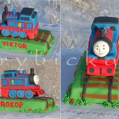 Thomas The Tank Engine For Two Brothers - Side By Side