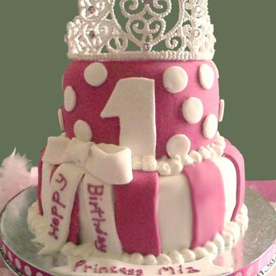 Princess Cake With Icing Tiara