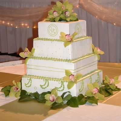 Contemporary Wedding 2006 on Cake Central