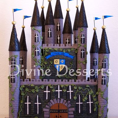 Knight's Castle on Cake Central