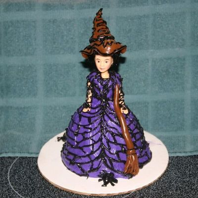 Witch Cake on Cake Central