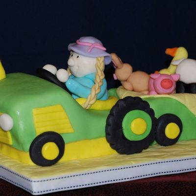 Tractor Cake For Fair Entry