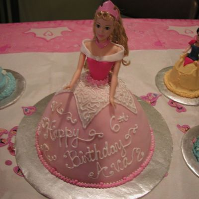 Sleeping Beauty Princess Cake