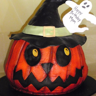 Witch O'lantern on Cake Central